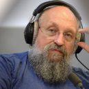 Анатолий Вассерман ответил на критику памятника Калашникова от Андрея Макаревича
