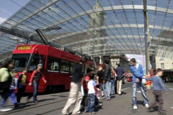 Мигранты напали на туристов из России. Они не подозревали, на кого нарвались