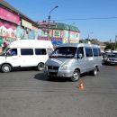 В Астрахани водитель маршрутки с десятью неоплаченными штрафами сбил 91-летнюю пенсионерку