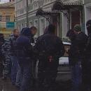 В Астрахани сфотографировали спецоперацию по задержанию опасного преступника