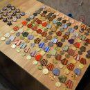 Полиция нашла у коллекционера из Астрахани больше тысячи экземпляров оружия, боеприпасов, орденов и предметов старины