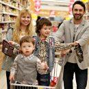 Астраханские семьи с детьми будут получать ежемесячные выплаты