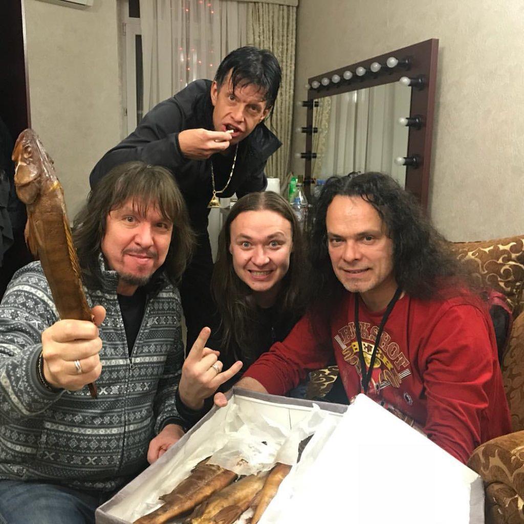 В Астрахани концерт «Арии» чуть не сорвался из-за смычка