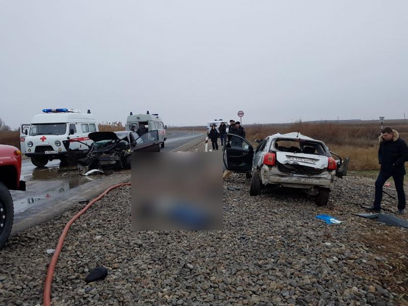 В Астраханской области в результате ДТП погибло шесть человек, в том числе младенец