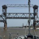 В Астрахани неожиданно перекрыли Старый мост