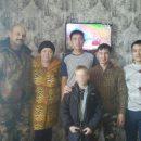 Семья поблагодарила рыбаков, спасших их сына на реке под Астраханью
