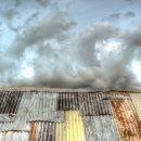 Астраханцы через суд добиваются ремонта крыши своего дома