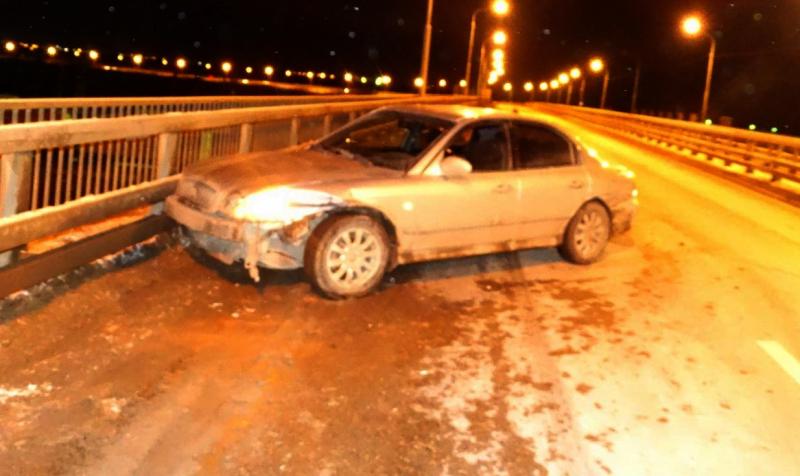 Шесть человек пострадали в аварии с маршруткой в Астрахани