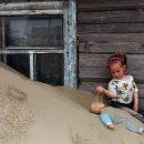 Село Барханы в Астраханской области тонет в песках
