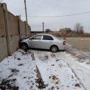 В Астрахани пьяный водитель въехал в бетонную стену