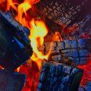 Тела двух человек нашли на пожарище в селе Успех Астраханской области