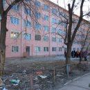У астраханского подрядчика на устранение недостатков ремонта общежития осталось два дня