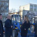 На улицы Астрахани вышли новые уборщики-универсалы