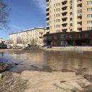 В Астрахани из-за грузовика произошел прорыв водопровода