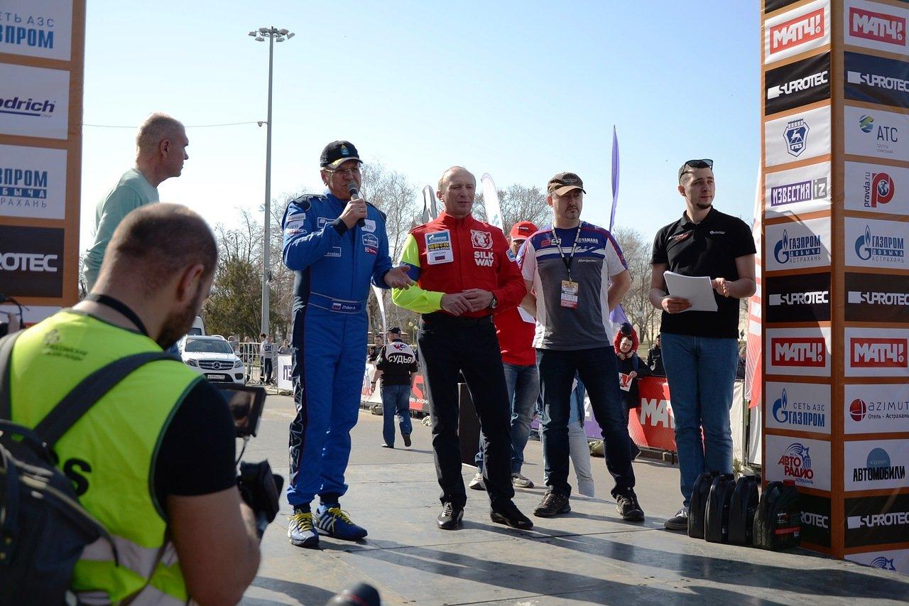 Астраханский губернатор открыли  чемпионата России по ралли-рейдам «Золото Кагана-2018» в качестве штурмана
