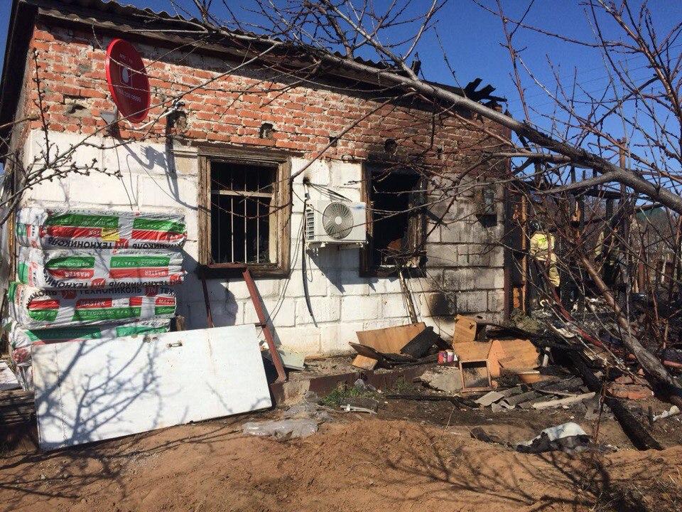 В Астрахани на пожаре найдены останки двух погибших