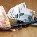 В Астрахани сотрудник муниципалитета подозревается в получении взятки