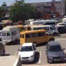 В Астрахани сняли на видео маршрутку, которая ехала по тротуару