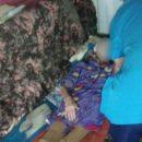 В Астрахани спасли пожилую пенсионерку, которая чуть не упала с балкона
