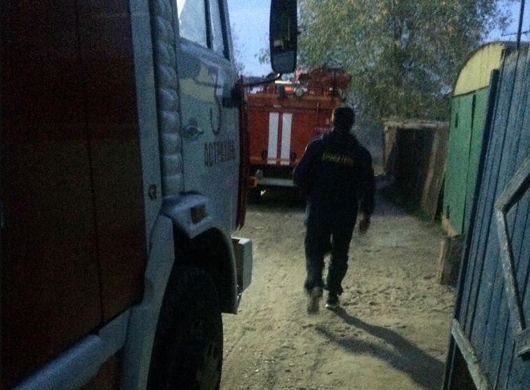В Астрахани ловили мужчину, угрожавшего взорвать свой дом