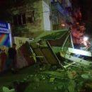 В Астрахани разыскивают женщину, чья машина протаранила хлебный киоск и овощные ряды