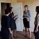 В Астраханской области благоустроят квартиру для ребенка-инвалида после обращения к губернатору