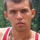 В Астрахани объявили в розыск молодого мужчину со шрамом