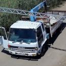 В Астрахани водитель грузовика снес ограничительную рамку