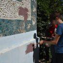 В Астрахани стерли около 600 надписей о продаже наркотиков