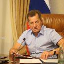 Губернатор потребовал организовать парковки в Астрахани