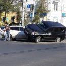 В Астрахани видеокамеры зафиксировали «прыжок» джипа