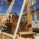 Астраханские заключенные изготовили для города копию старинного корабля