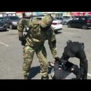 В Астрахани сняли на видео спецоперацию по задержанию преступника