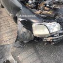 Легковая машина разбилась о придорожный отбойник в Астрахани