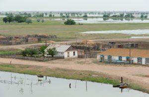 Астраханское село у реки осталось без воды