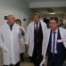 Глава Астраханской области поблагодарил хирурга, спасшего казахстанского пограничника