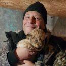 Астраханцам показали львят, родившихся в местном зоопарке