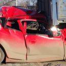 В Астрахани две фуры сплющили легковушку на дороге
