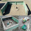 В Астрахани старую детскую площадку не отремонтировали, а покрасили