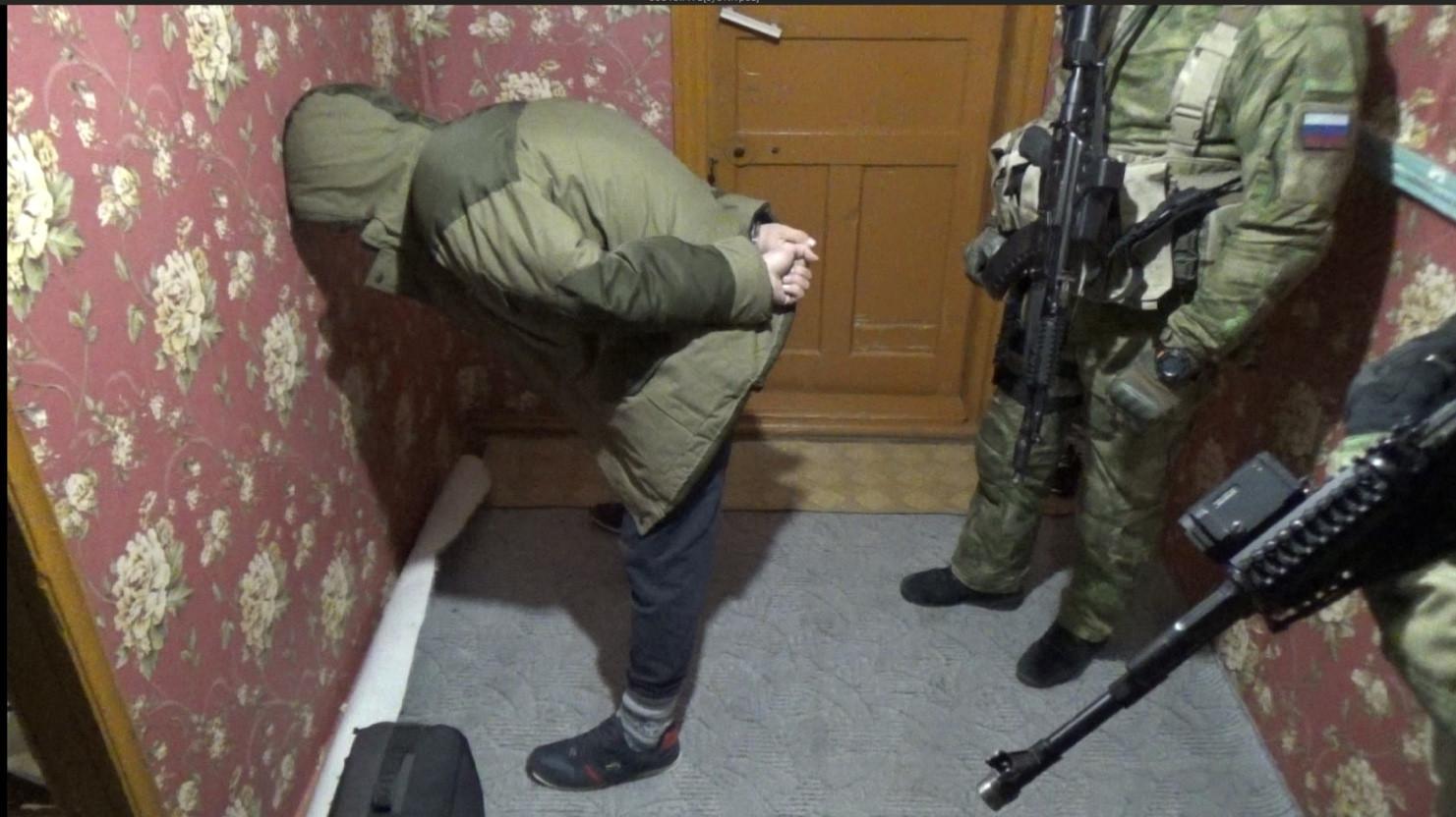 Суд приговорил к 8,5 года колонии готовившего теракты в Ахтубинске сторонника ИГИЛ