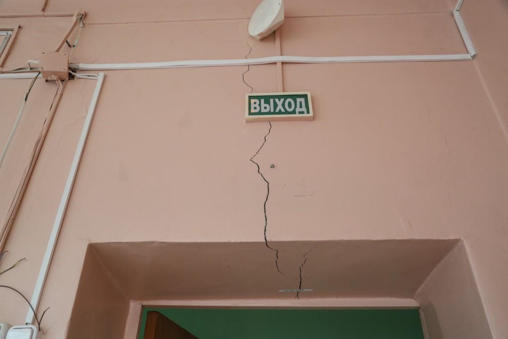 Сергей Морозов поручил отремонтировать в Ленинском районе Астрахани детские учреждения