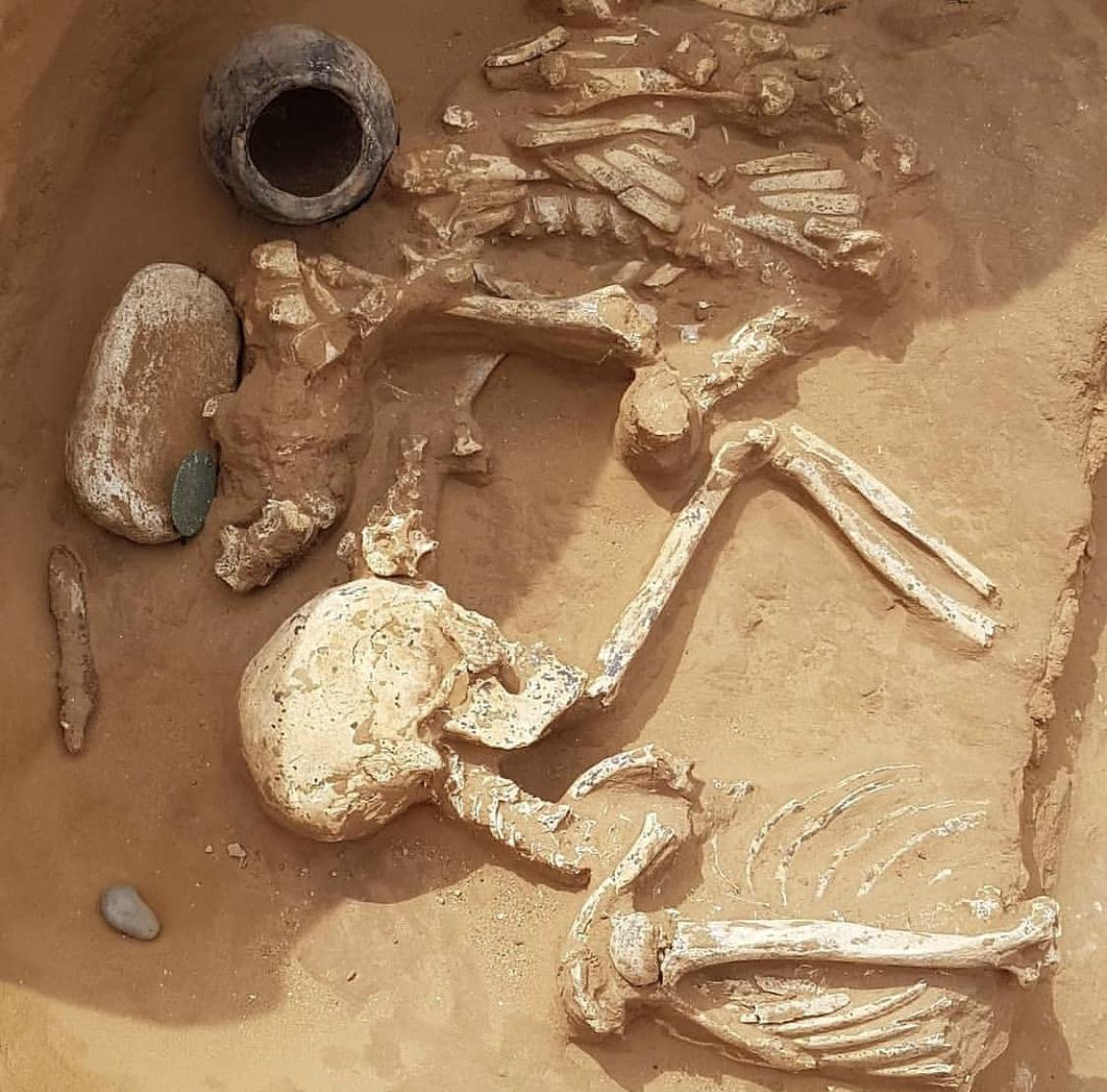 В кургане сарматских царей под Астраханью найдены новые погребения и золото