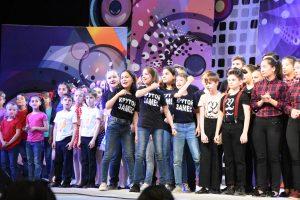 Астраханские школьники шутили с властью и над международными лидерами