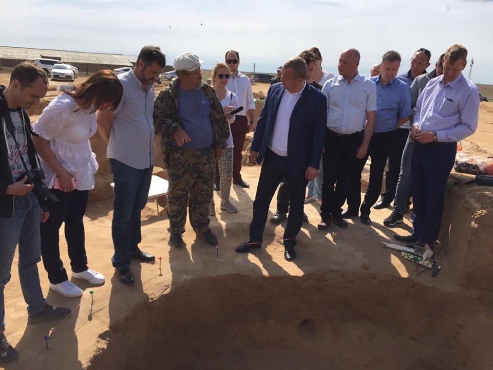 Историки проанализировали древний курган и золотые сокровища, обнаруженные под Астраханью