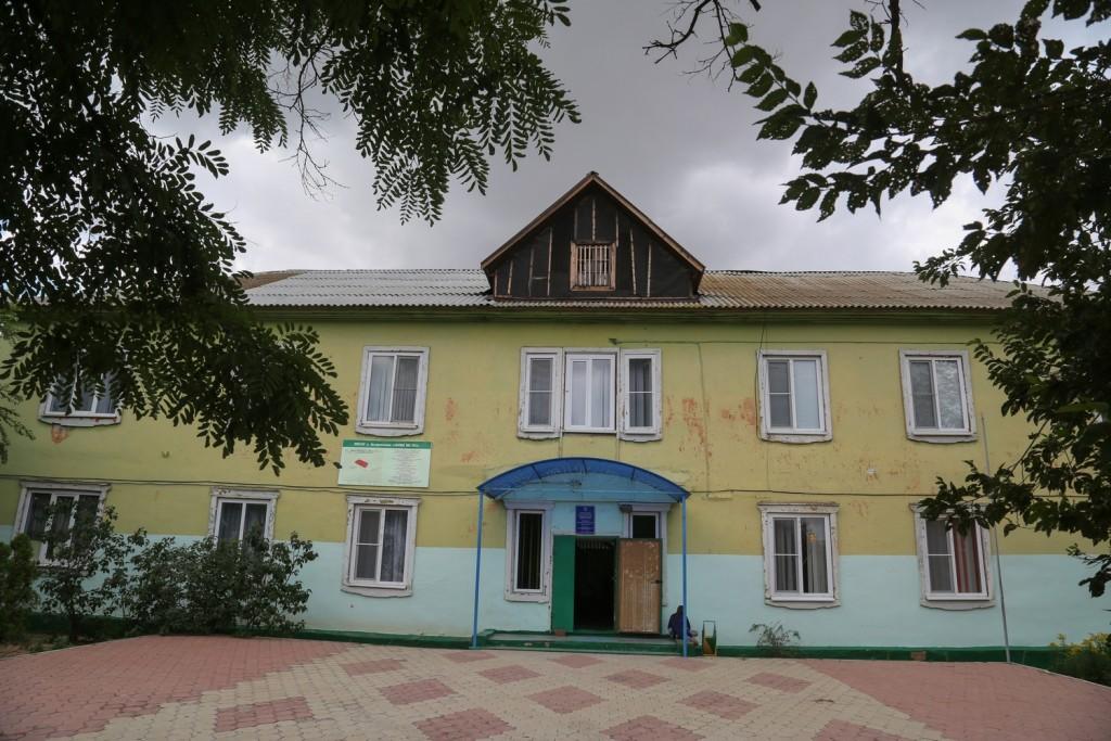 Глава Астраханской области взял на контроль вопрос строительства школы в поселке Новолесном