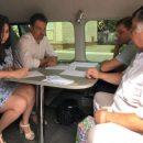 Жители Ленинского района Астрахани посетили мобильную приемную «Губернаторский контроль»