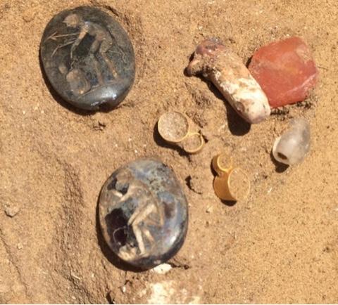 Археологи в Астрахани обнаружили могилу сарматской «принцессы» и ее драгоценности
