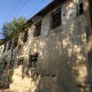 В Астрахани дети кидали камни в проезжающие машины