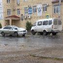 В Астрахани Газель столкнулась с легковушкой