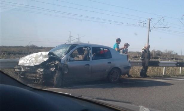В Астрахани 21-летняя девушка погибла в ДТП